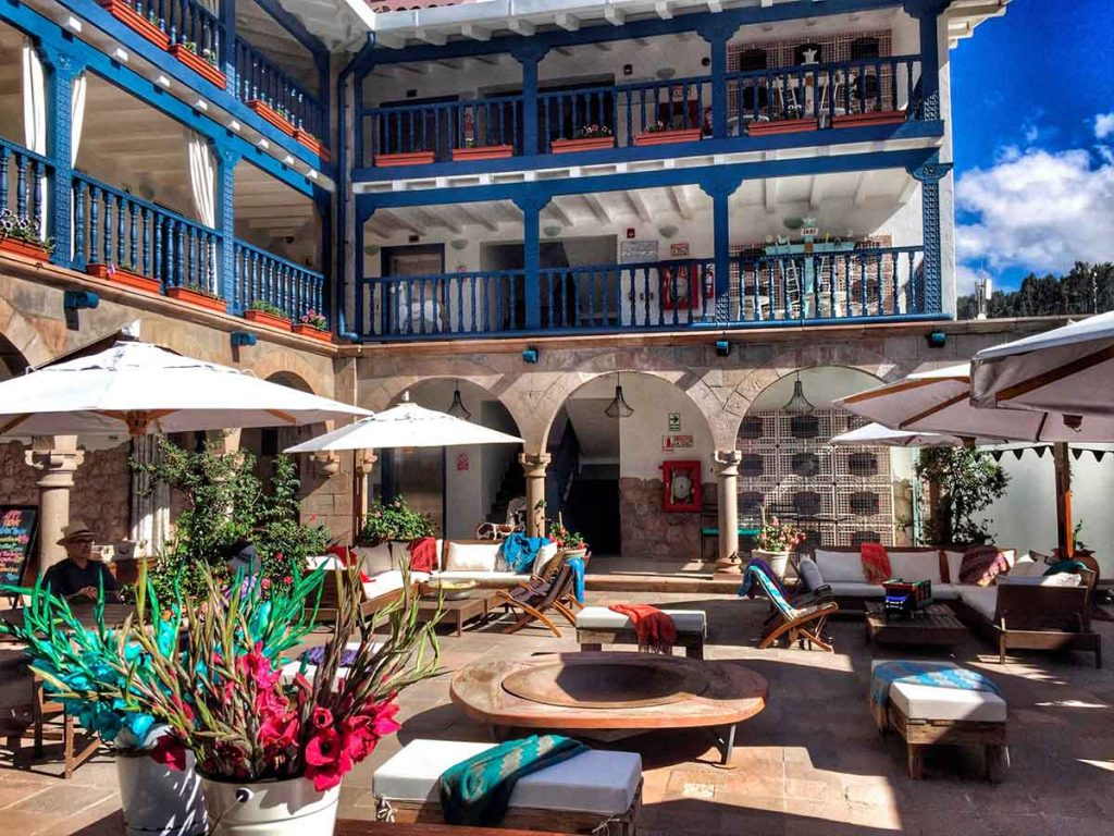 The central courtyard and fire pit at El Mercado.